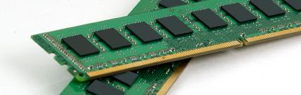 """""""Вищий пілотаж"""" в оперативній пам'яті - Kingston Load Reduced DIMM або модулі зі зниженим навантаженням."""