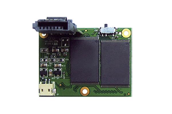 SATA Flash Module (7Pin Horizontal) від Transcend.